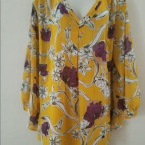 Liz Claiborne gold floral blouse 2X